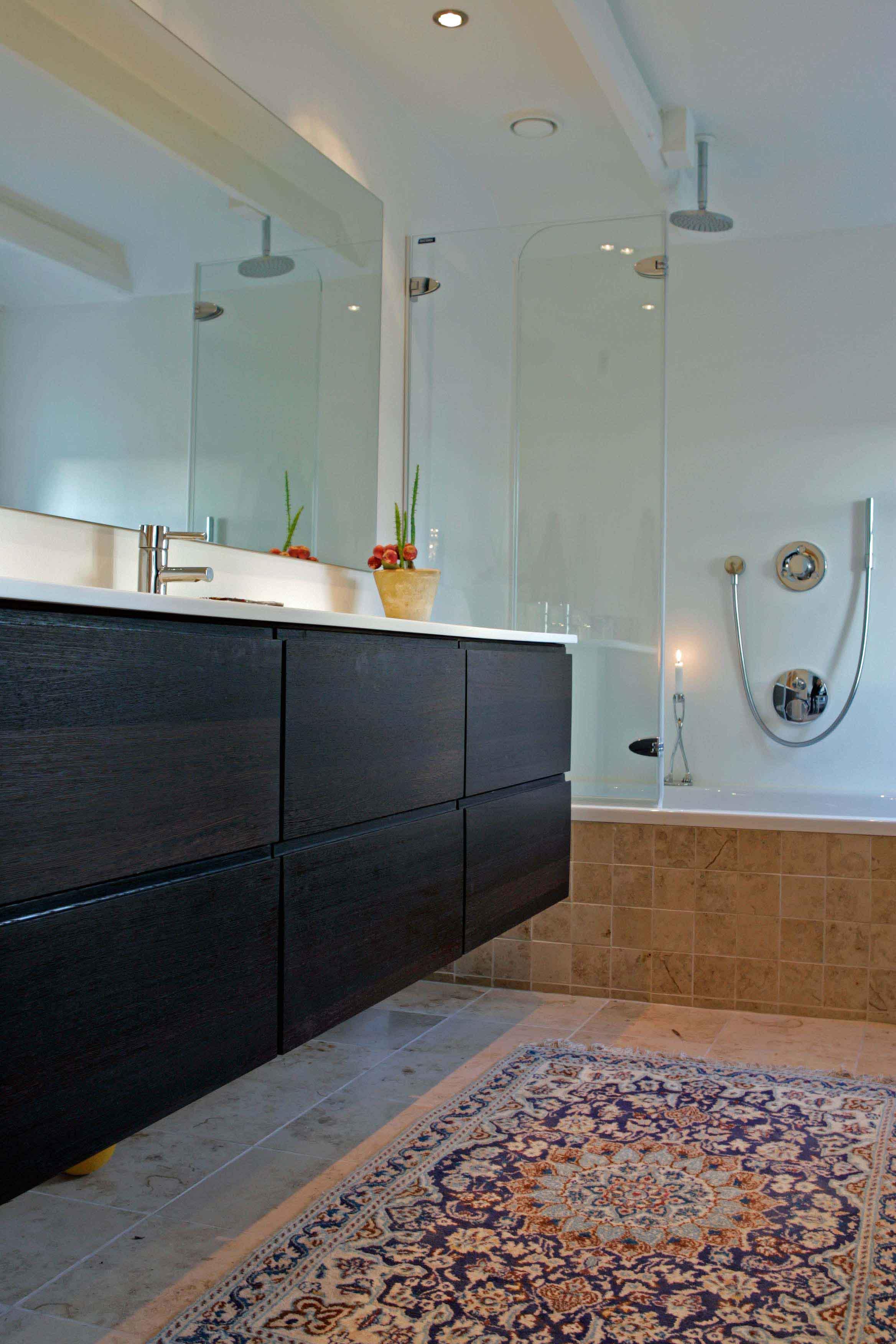 Har du lyst til at se et af vores badeværelser?   tinadalbøge ...