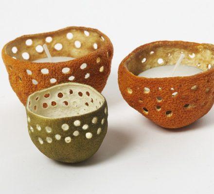 Lysgrotter lavet af skallerne fra citrusfrugter