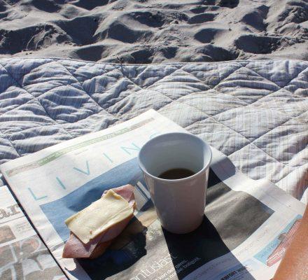 Morgenmad på stranden, Risskov Århus bugten