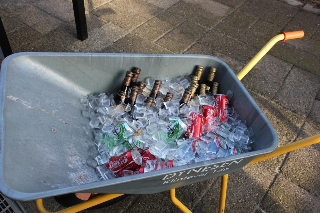 trillebør med kolde øl og vand