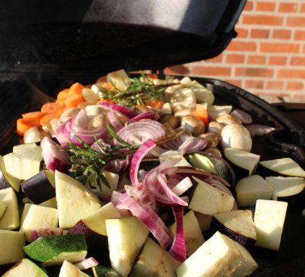 grøntsager på weberen