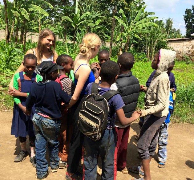 Indsamling til legeplads på Faraja Orphanage - Arusha -Tanzania Laura Dalbøge Amalie Lykke 4