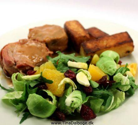 Mørbrad-med-cidersauce-og-salat