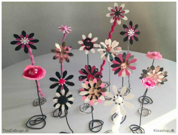 blomster lavet til bordpynt til konfirmation