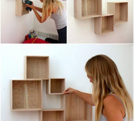 bogkasser monteret forskudt på væggen