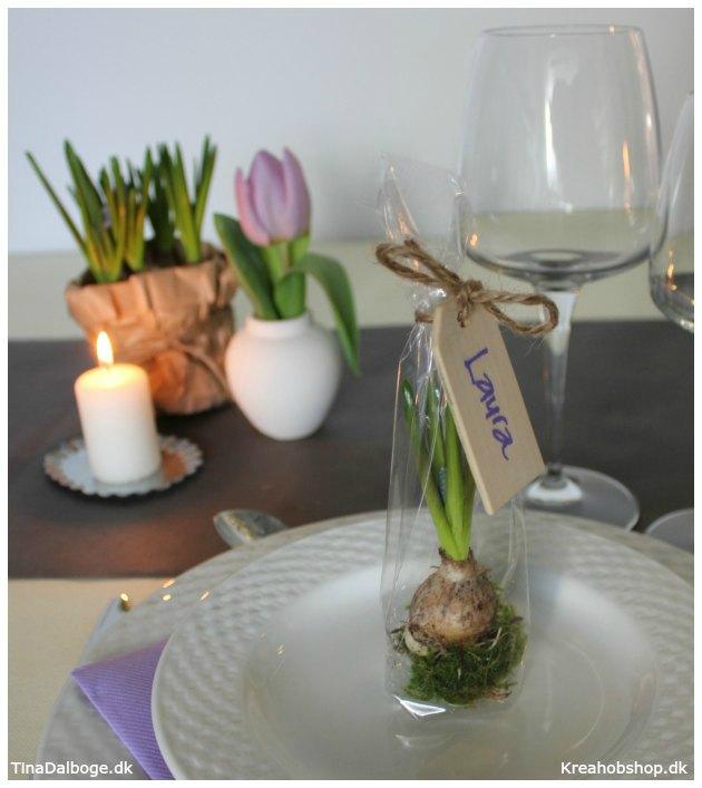 id er til bordd kning bordpynt lys og blomster til for rets festertinadalb. Black Bedroom Furniture Sets. Home Design Ideas