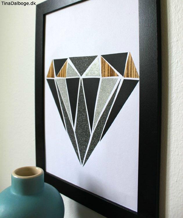 diamant form i en colloge med træfiner, tavlefolie og metallicpapir