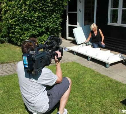 gamle døre laves om til en sofa med hjul tina dalbøge i tv programmet fra yt til nyt dr1