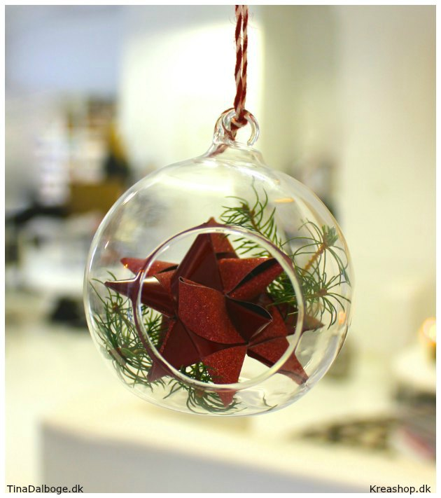 glasklokke-med-flettet-julestjerne-fra-kreashop