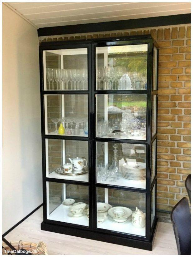 glasskab-vitrineskab-fra-hubsch-tinadalboge