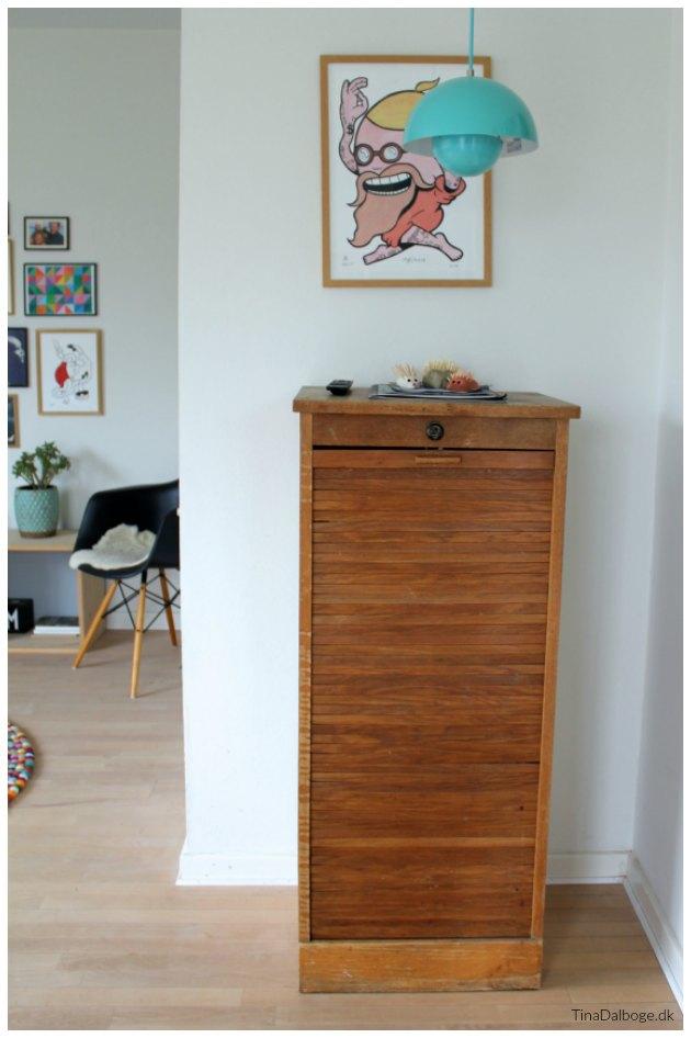 jalousiskab arkivskab med skuffer brugt i stue