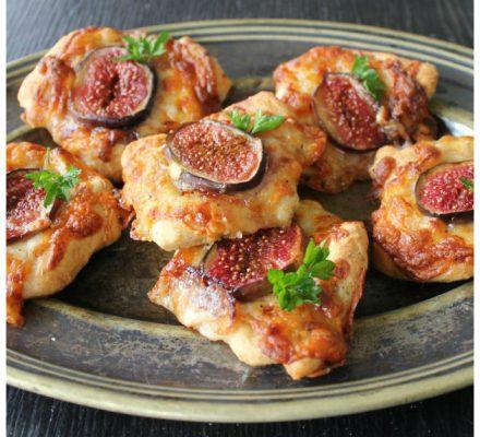 pizzabrød med mozzeralla og figner