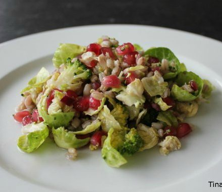 salat med granatæblekerner