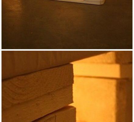 seng af paller med lys under