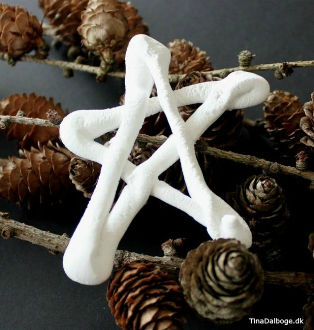 stjerne lavet af stærk gips støbemasse som ligner porcelæn cera-mix fra kreahobshop