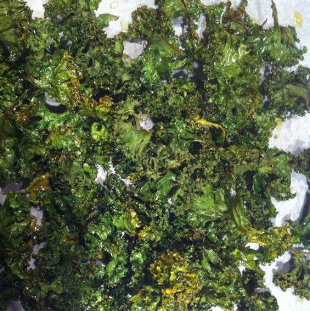 sunde sprøde chips lavet af grønkål