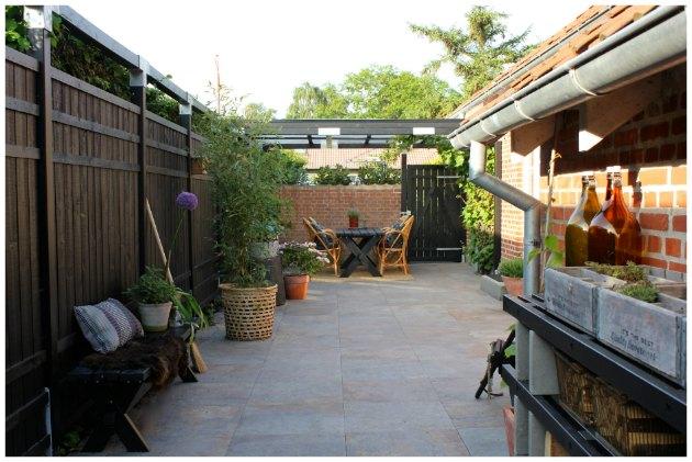 terrasse med hegn fra plus tinadalboge