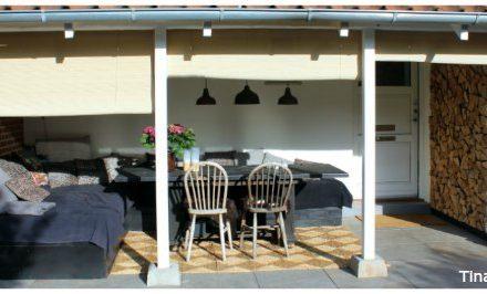 terrasse med rullegardin af bambus brugt som afskærmning tinadalboge.dk