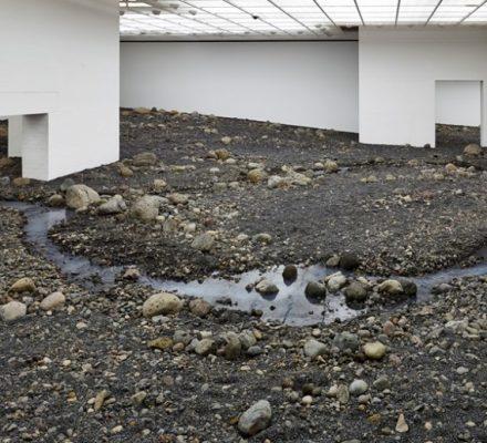 udstilling paa louisiana med olafur-eliasson riverbed