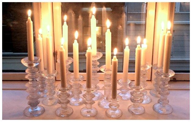 Littala Festivo lysestager samlet i en gruppe tinadalboge