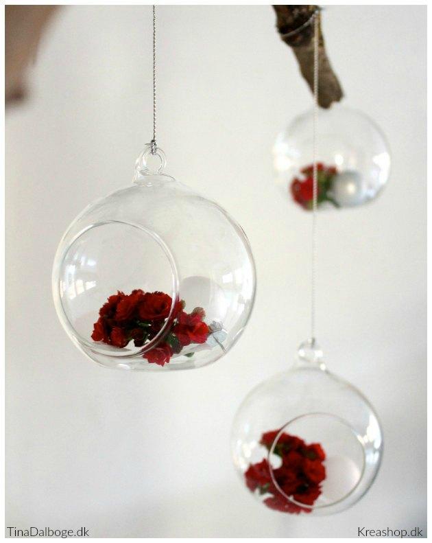 afskaarne-blomster-med-lang-holdbarhed-fra-queen-flowers-glaskugler-fra-kreashop-1