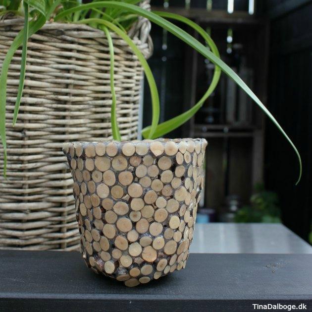 kreativ ide med høj skål eller lysglas lavet af træmix og paverpol fra kreahobshop