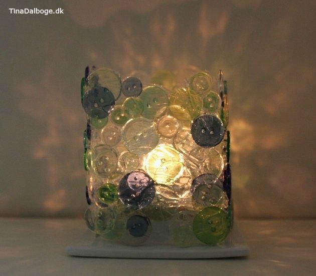 lysestage man selv kan lave på en mælkekarton med knapper og paverpol